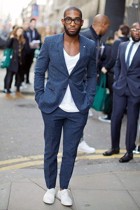 ... without a blazer and beige chino with white sneakers looks absolutely  urbane. Formals. If you thought you could only style your white sneakers  for ... 6bbc08ed2d