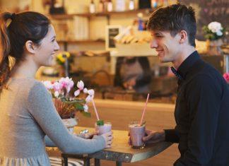 man-woman-first-date